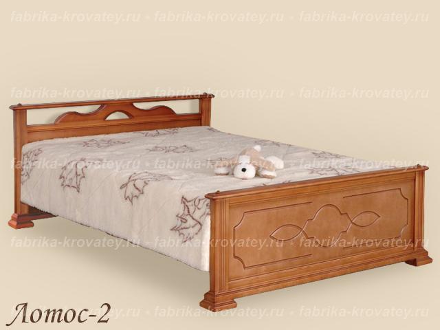 Кровать и под кроватью кровать
